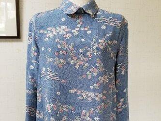 着物リメイク 袖口タックブラウスの画像