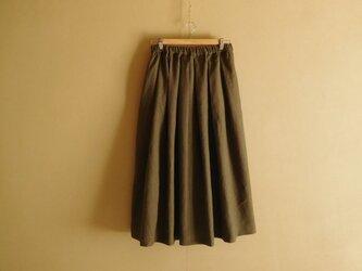 リネンのスカート カーキの画像