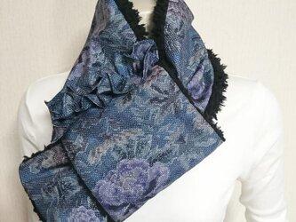 103*紬着物リメイクボアマフラー(青)の画像