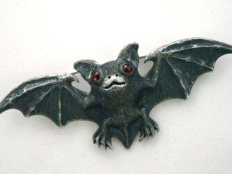 コウモリのブローチの画像