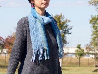 手紡ぎ・手織りのマフラー(青系2)の画像