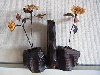 秋の野菊のオブジェの画像