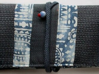送料無料 大島紬を組み合わせた和風財布・ポーチ 3857の画像
