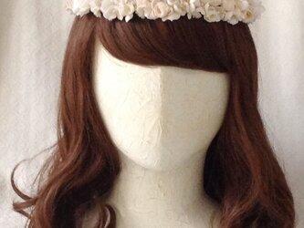 染め花の花冠(スリムタイプ、オフホワイト)の画像