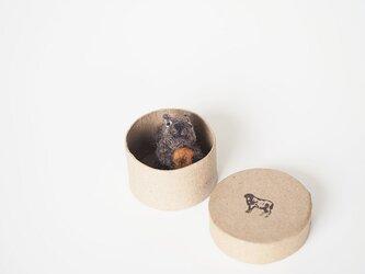 <約3㎝シリーズ>リス with Donutの画像