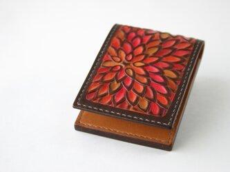 手染め手縫い革の名刺入れ 花 朱色 たてタイプの画像