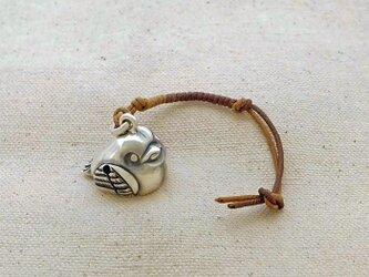 銀製の鈴 『 ふくら雀 』 (シルバー925) 根付・バッグチャームの画像