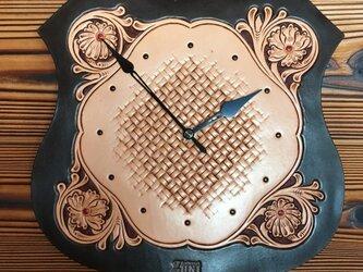 レザー掛時計【カービング】の画像