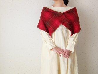 手紡ぎ・手織り 赤いチェックのミニストールの画像