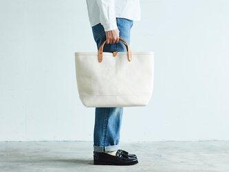 キャンバス レザー トートバッグ M ナチュラル | 大容量 白 通勤 通学 メンズ レディース プレゼントの画像