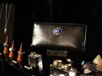 クリスペルカーフ 半貴石(ラピスラズリ)コンチョ付ラウンドファスナー長財布 メンズの画像