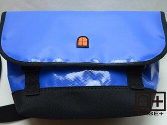ターポリン ショルダーバッグ ユニセックス【ブルー】の画像
