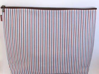 ラミネート生地 でかポーチ / 青×赤×白ストライプの画像