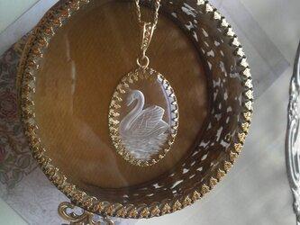 ヴィンテージ 白鳥のインタリオ ネックレス(アンティークGold)の画像