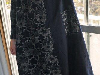 新反久留米絣二種ハイネックワンピースの画像