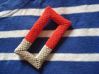 Brooch --Rectangle-- [Tomato Red + Mat Silver]の画像