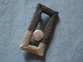 Brooch --Rectangle-- [Mat Gray + Coin Pearl]の画像