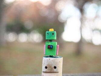 優しすぎるロボットの画像