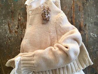 ベージュの小花。。。suMire-bouquet 布花コサージュの画像