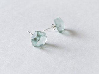 ice pierced earrings < light blue >の画像