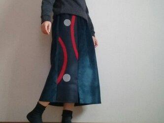 コーデュロイブルーロングスカート赤い曲線ウエストゴムの画像