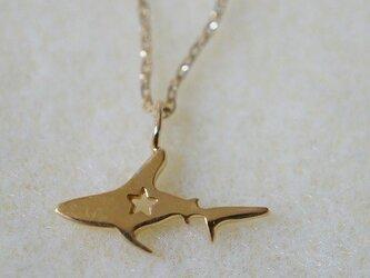 サメ ネックレス ゴールドカラー <Zooシリーズ>の画像
