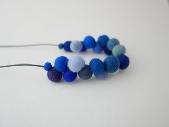 Single loop_L balls Blueの画像