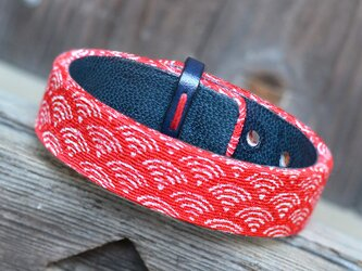 和風ブレスレット 青海波・赤15 レザーの画像