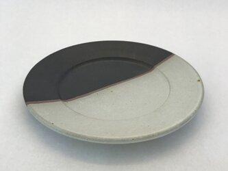 白黒マット七寸皿の画像