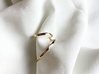ゴールドフィルドの槌目のイヤーカフ 右用の画像