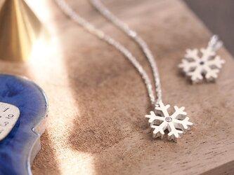 simple 雪の結晶 ネックレス シルバー925の画像