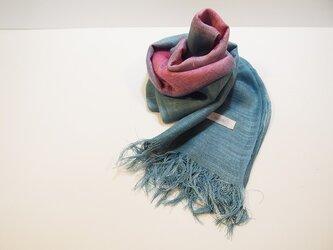 国産シルク100%手描き染めストール pink&blue grayの画像