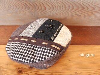 モノクロ・ウールの ぺちゃんこ・ベレー帽の画像
