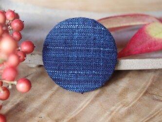 濃藍・つなぎ糸 まるブローチの画像