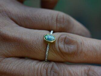 オーストラリア・オパール Pt900-K22YGの指環の画像