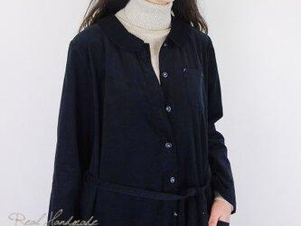 [予約販売] シャツコールブラック丸襟羽織りワンピースの画像