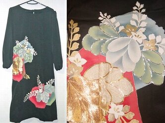 Sold Out着物リメイク♪桐の花が可愛い留袖ワンピース♪ハンドメイド♪正絹・花柄・刺繍・着物リメイクの画像