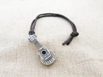 銀製の鈴『ウクレレ♪・小』(シルバー925)根付・バッグチャームの画像