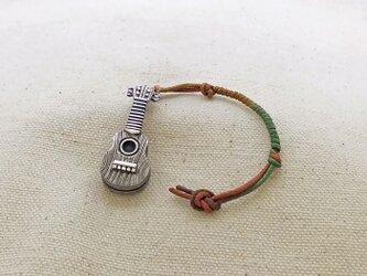 銀製の鈴 『 ウクレレ♪・小 』 (シルバー925) 根付・バッグチャームの画像