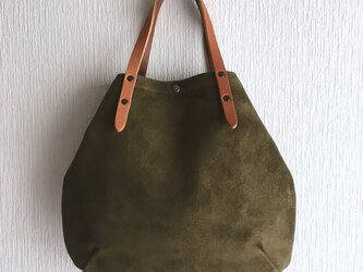 牛床ベロアと極厚オイルヌメの丸型トートバッグ S-size【オリーブ】の画像