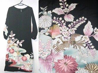 Sold Out着物リメイク♪菊・桐の花・鳳凰刺繍が素敵なアンティーク留袖ワンピース♪ハンドメイド・正絹の画像