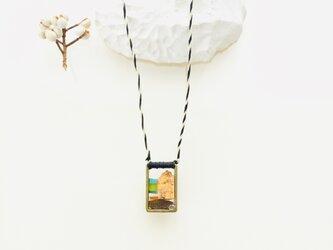 大理石のネックレス (椰子の実の旅)の画像