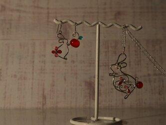 うさぎネックレスの画像