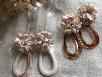 flower earring or pierceの画像