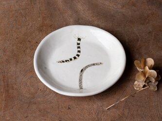 粉引丸皿(チンアナゴ)【クリックポスト198円可】の画像