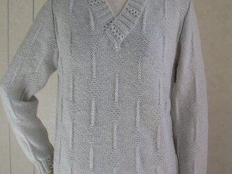 重ね襟のセーターの画像