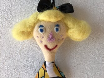 女の子の人形 Aの画像