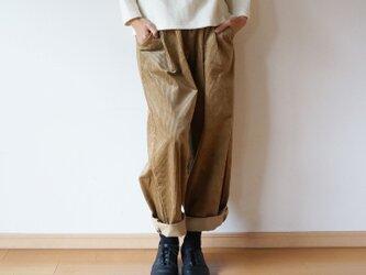 Stretch corduroy tuck pants LADY'S BEIGEの画像