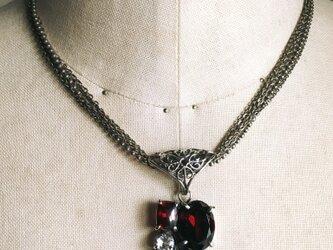 ガーネット集合のネックレスの画像