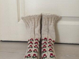天然羊ウール100% **クリスマス柄♡手編み靴下**【23.0-24.0cm】の画像